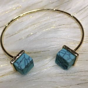 Bracelet. Squared Marbled Turquoise Stone Cuff
